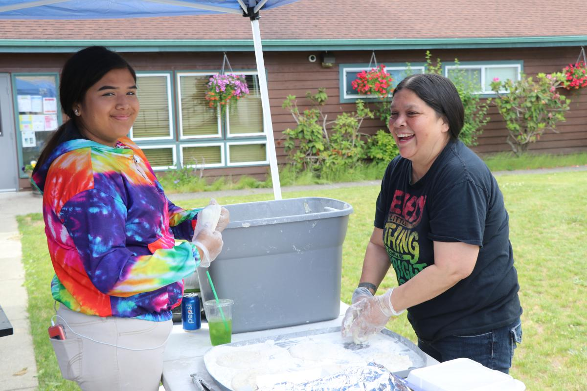 2019 Chehalis Tribal Days -  (Bev Starr makes her famous frybread)